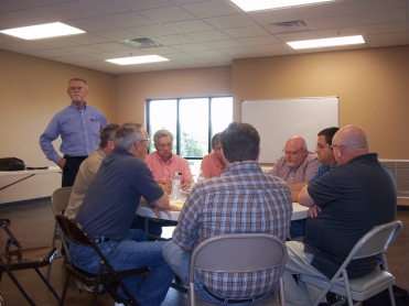 Jerry Gibbs leads the pastors' workshop.